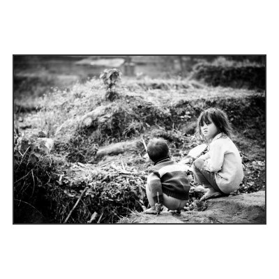 "Photo Vietnam. Frontiere chinoise. importation ""a la main""."